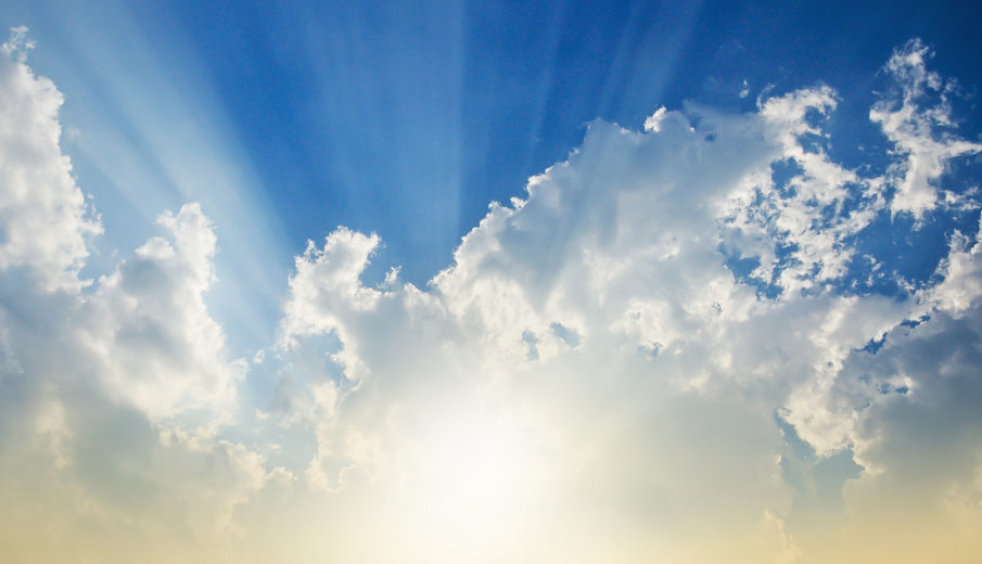 Cloud with sun rays